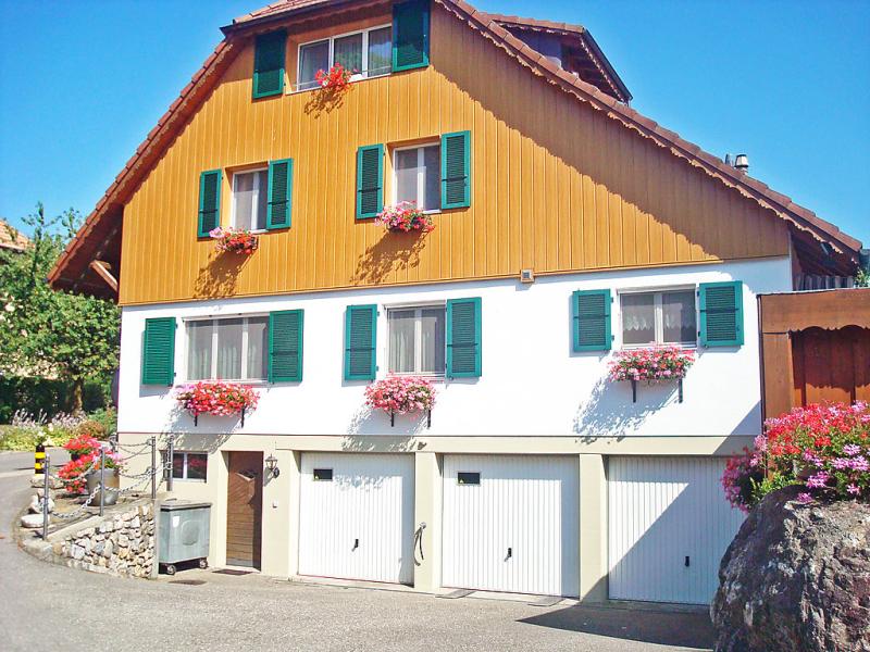 Arns ferienwohnung 1458976,Apartamento en Wangenried, Bernese Mittelland, Suiza para 5 personas...