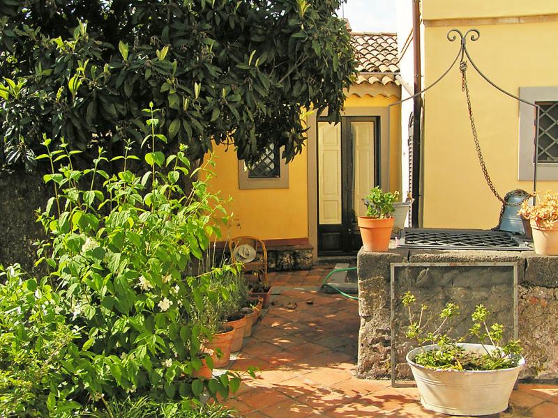Nespolo 1459794,Villa en Nicolosi, Sicily, Italia para 6 personas...