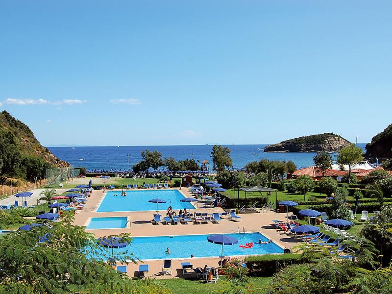 1460168,Apartamento  con piscina privada en Elba Rio Marina, Elba, Italia para 4 personas...