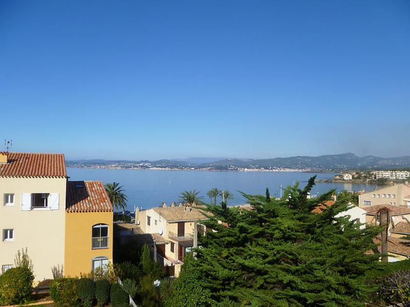 1460352,Apartamento en Six-Fours-les-Plages, Provence-Alpes-Côte d'Azur, Francia para 5 personas...