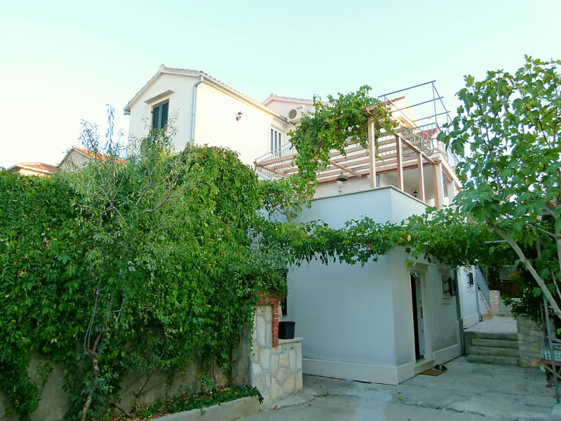 1461775, Apartment in Brač-Supetar, Central Dalmatia, Croatia for 2 persons...