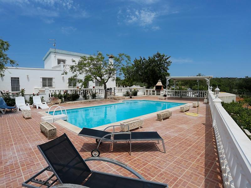 Lo pla de callau 1462654,Vivienda de vacaciones  con piscina privada en l'Ampolla, Tarragona, España para 8 personas...