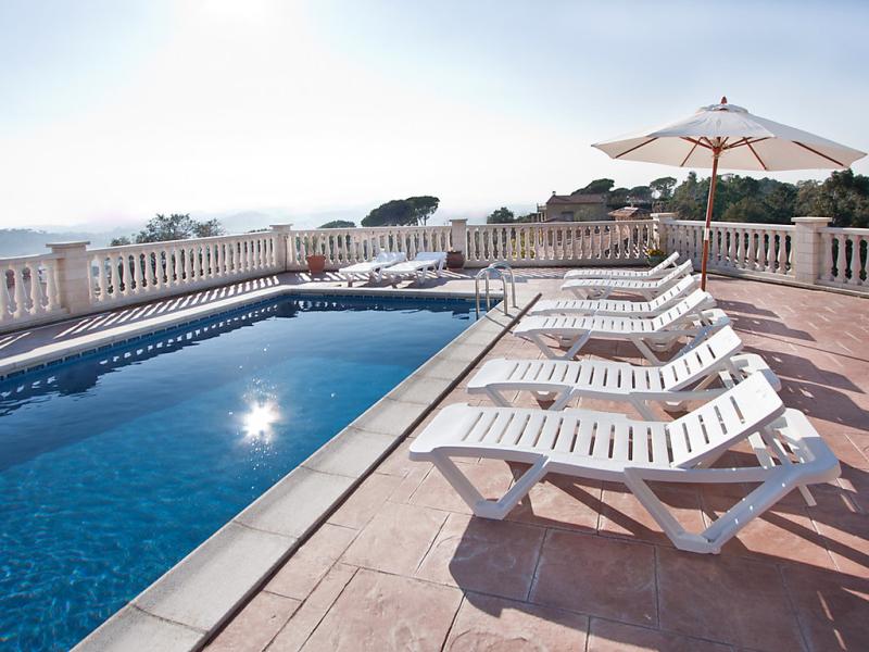 Gioconda 1462957,Vivienda de vacaciones  con piscina privada en Lloret de Mar, en la Costa Brava, España para 16 personas...