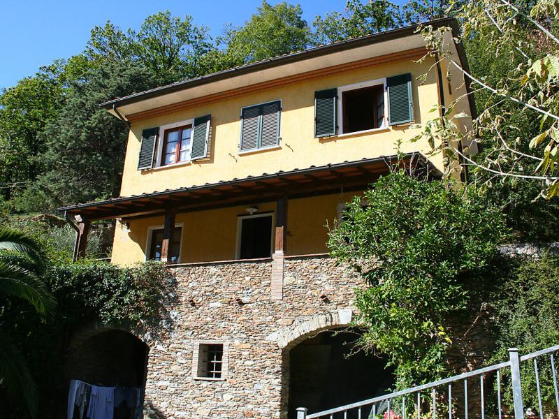 Laia 1463371,Vivienda de vacaciones  con piscina privada en Seravezza, en Toscana, Italia para 4 personas...