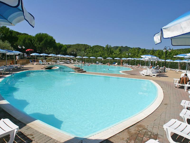 1463530,Vivienda de vacaciones  con piscina privada en Castiglione della Pescaia, en Toscana, Italia para 4 personas...