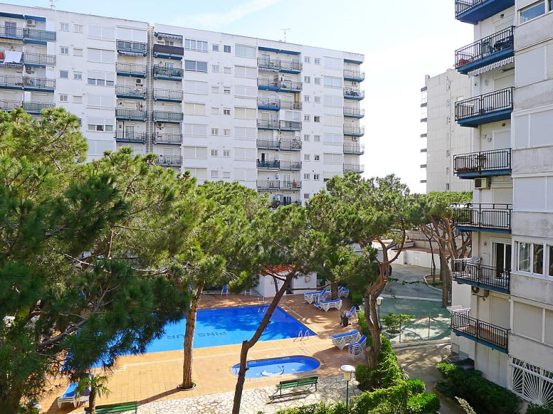 Santa cruz 1466246,Appartement in Blanes, aan de Costa Brava, Spanje  met privé zwembad voor 4 personen...