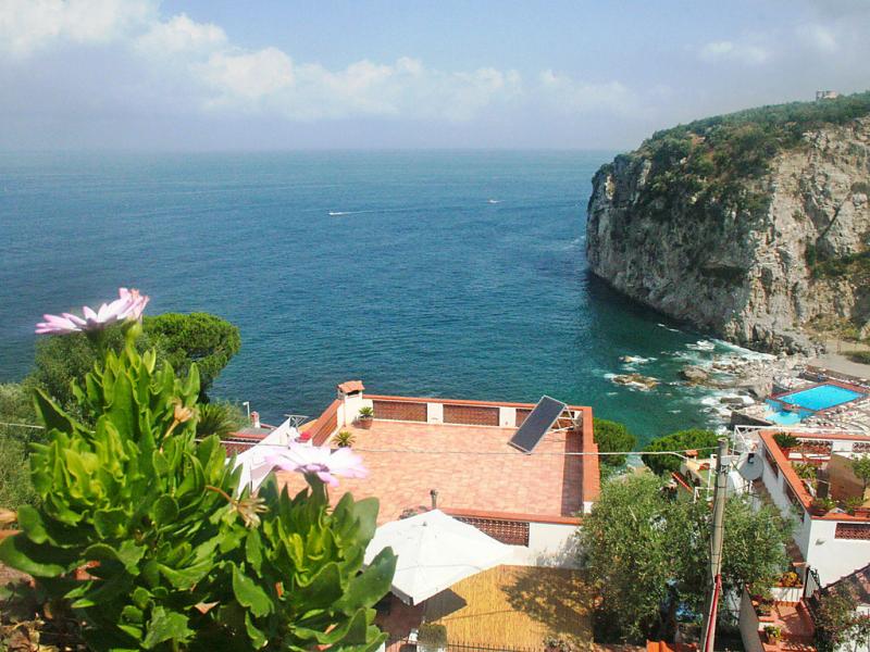 Sammontano bay 1466504,Apartamento en Massa Lubrense, Campania, Italia para 4 personas...