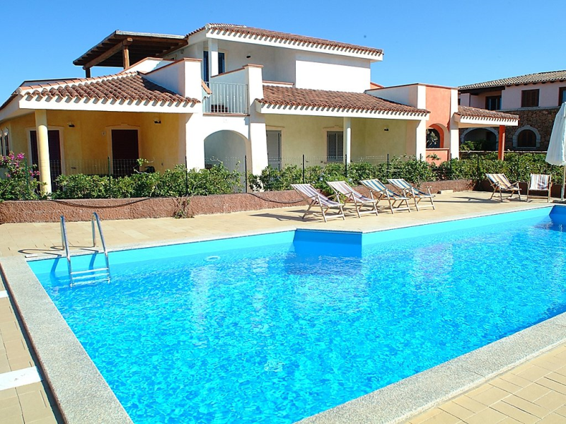 Residenze monte petrosu 1468390,Apartamento en Porto San Paolo, Sardinia, Italia  con piscina privada para 6 personas...