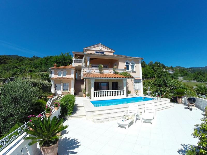 1469008,Apartamento en Lovran, Kvarner, Croacia  con piscina privada para 2 personas...