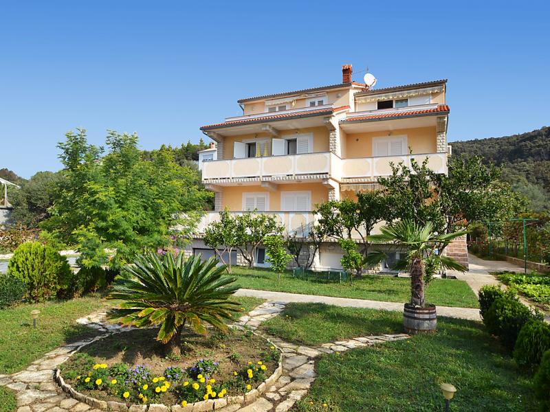 Lucija 1469075,Apartamento en Rab-Kampor, Kvarner, Croacia para 4 personas...
