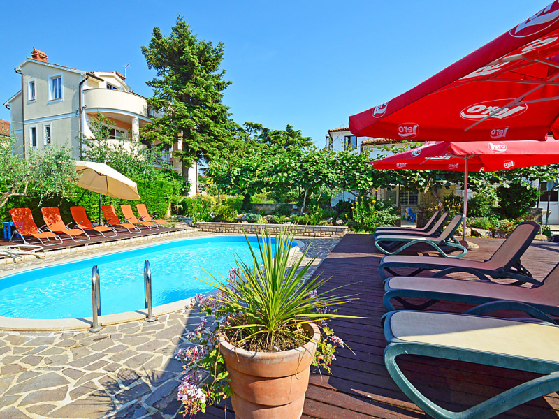 1469390,Apartamento  con piscina privada en Umag, Kroatie, Croacia para 4 personas...