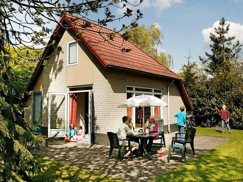 Buitenplaats gerner 1469538,Vivienda de vacaciones en Dalfsen, Overijssel, Holanda  con piscina privada para 4 personas...