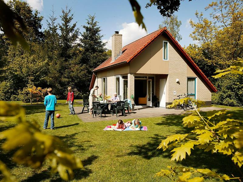 Buitenplaats gerner 1469543,Vivienda de vacaciones en Dalfsen, Overijssel, Holanda  con piscina privada para 6 personas...