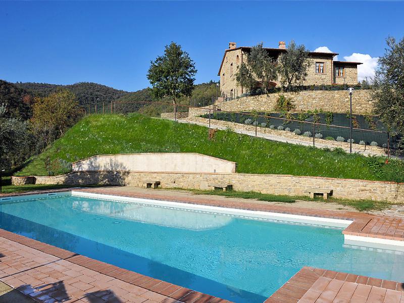 Zen 1470880,Vivienda de vacaciones en Castiglion Fiorentino, en Toscana, Italia  con piscina privada para 15 personas...