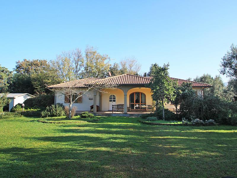 San bartolo 1471287,Vivienda de vacaciones  con piscina privada en San Vincenzo, en Toscana, Italia para 5 personas...