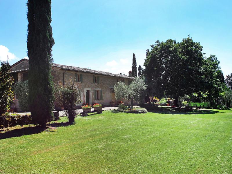 Villa la fiorita 1471335,Vivienda de vacaciones  con piscina privada en Arezzo, en Toscana, Italia para 14 personas...