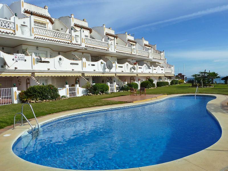Royal beach 1471569,Apartamento  con piscina privada en Calahonda, en la Costa Calida, España para 4 personas...