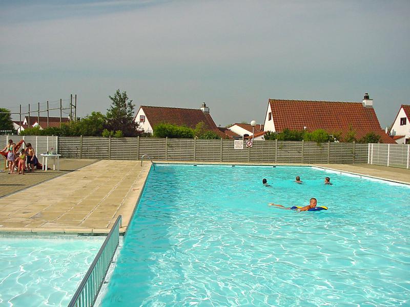 Duinhuis ref 94 1472564,Vivienda de vacaciones  con piscina privada en Bredene (Duinen), West Flanders, Bélgica para 4 personas...
