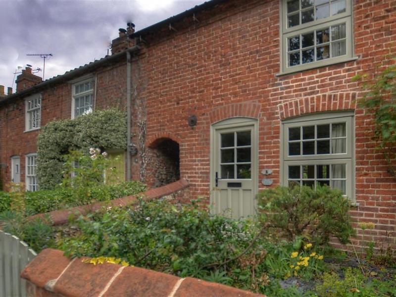 Secret garden 1472810,Vivienda de vacaciones en Halesworth, East, Reino Unido para 4 personas...