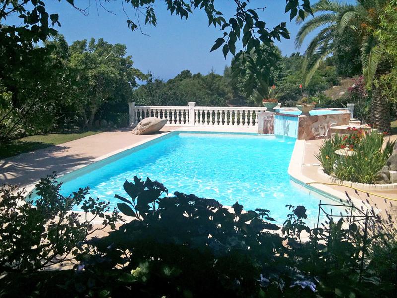 Campestra 1478357,Vivienda de vacaciones  con piscina privada en Chiavari, Corsica, Francia para 6 personas...