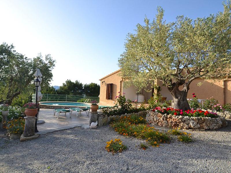 Casa maria 1478612,Villa en Alcúdia, Mallorca, España  con piscina privada para 6 personas...