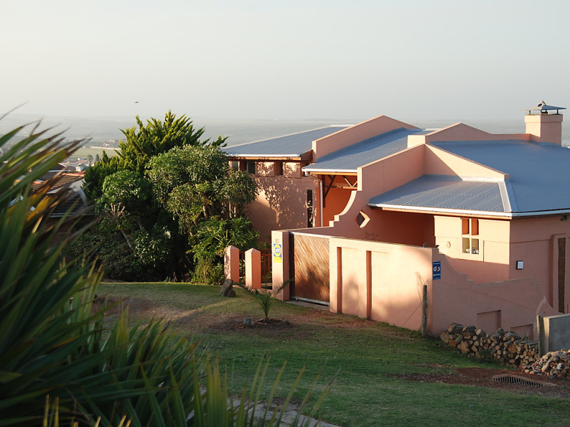 The gem  holiday  the gardenroute 1478934, Vakantiewoning in Jeffreys Bay, Eastern Cape, Zuid-Afrika voor 7 personen...