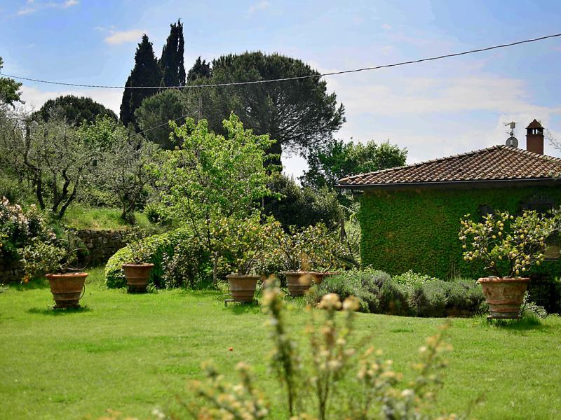 Villa vittoria 1479035,Vivienda de vacaciones  con piscina privada en Reggello, en Toscana, Italia para 6 personas...