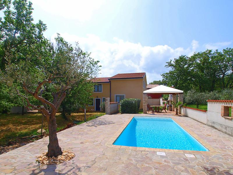 Ksenija 1479521,Apartamento  con piscina privada en Umag-Čepljani, Istria, Croacia para 4 personas...
