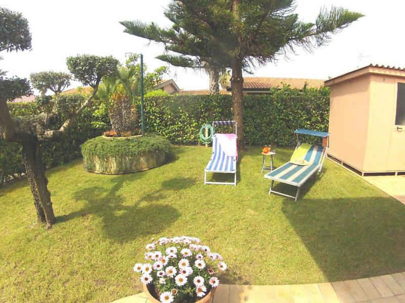 I lauri 1479602,Vivienda de vacaciones en Lido di Fondi, Lazio, Italia para 5 personas...