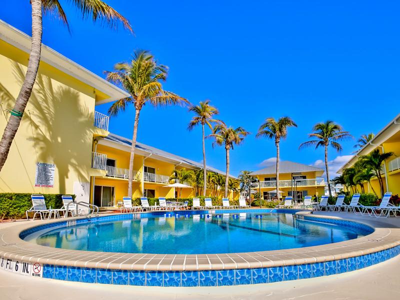 Blue water 1483862,Apartamento  con piscina privada en Fort Myers, Florida, Estados Unidos para 5 personas...