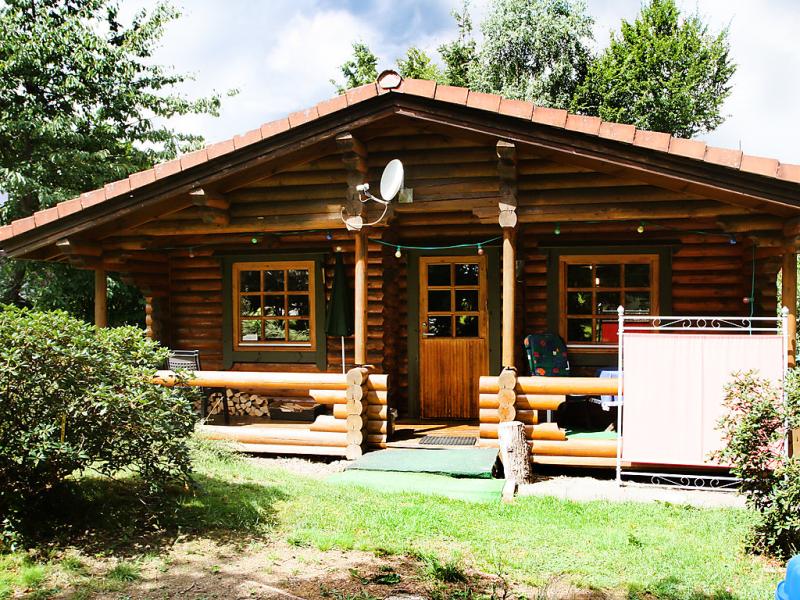 Birdieferienhaus 1483901,Vivienda de vacaciones en Leisel, Hunsrück, Alemania  con piscina privada para 4 personas...