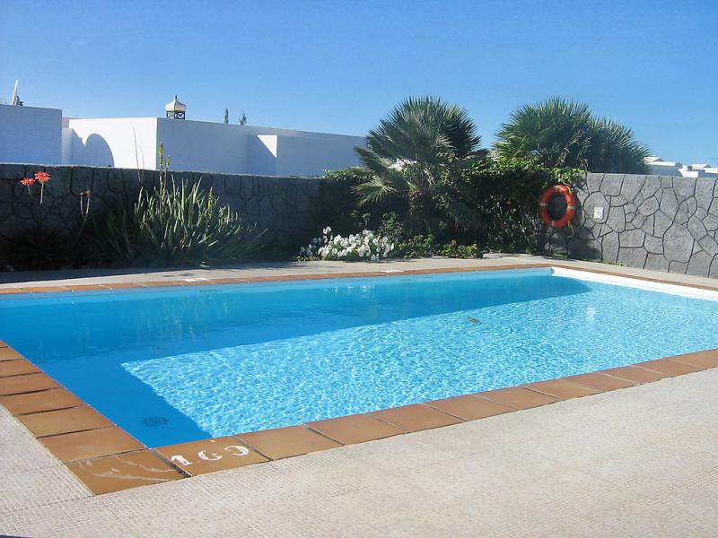 Villa aguaviva 1484241,Vivienda de vacaciones  con piscina privada en Playa Blanca, Lanzarote, España para 4 personas...