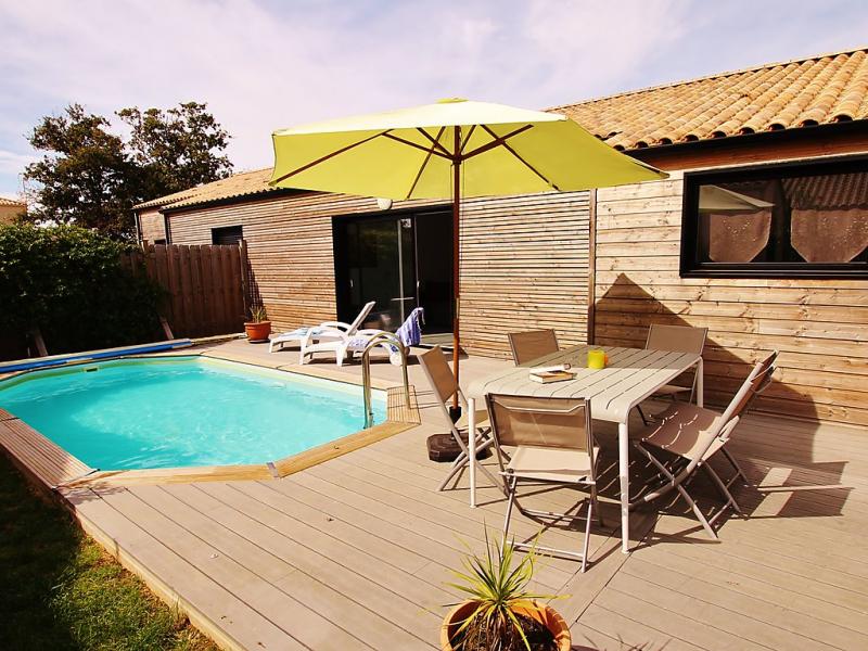 Villa armria 1484333,Vivienda de vacaciones en Talmont-Saint-Hilaire, Loire, Francia  con piscina privada para 6 personas...