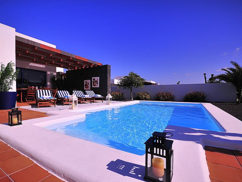 Bellavista 1484478,Vivienda de vacaciones  con piscina privada en Playa Blanca, Lanzarote, España para 4 personas...