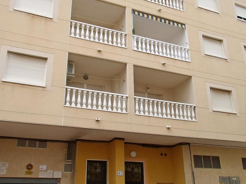 Edificio san luis ii 1484909,Apartamento en Torrevieja, en la Costa Blanca, España para 4 personas...