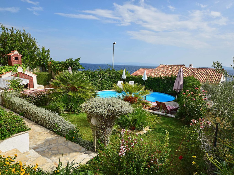 Andjelka 1484956,Apartamento  con piscina privada en Trogir-Okrug Gornji, Central Dalmatia, Croacia para 2 personas...