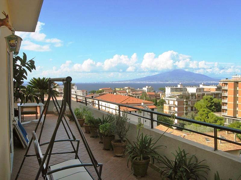 Top floor 1484966,Apartamento en Sorrento, Campania, Italia para 5 personas...