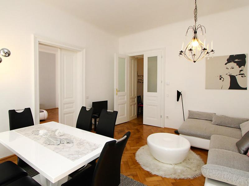1485027,Apartamento en Wenen wijk 7, Vienna, Austria para 4 personas...
