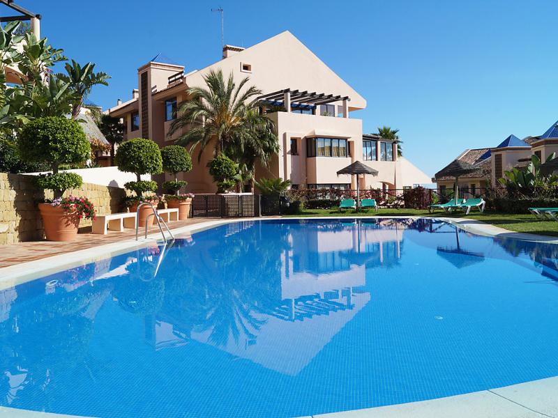 Cascadas de calahonda 1485089,Apartamento  con piscina privada en Calahonda, en la Costa Calida, España para 4 personas...