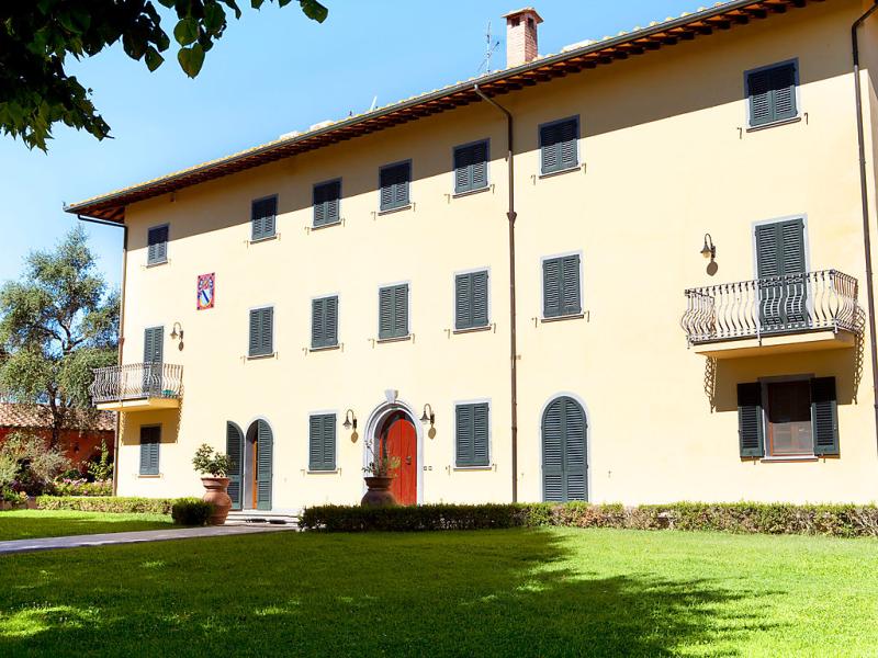 Villa elena 1485402,Vivienda de vacaciones en Fucecchio, en Toscana, Italia  con piscina privada para 15 personas...