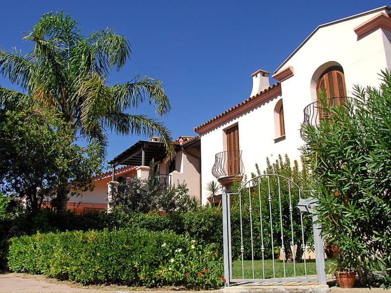 Sole quadri 6 1485507,Apartamento en San Teodoro, Sardinia, Italia para 6 personas...