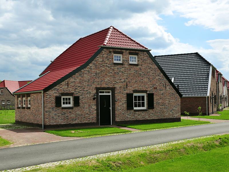 7 persoons comfort 1485532,Vivienda de vacaciones en Roggel, Limburg, Holanda  con piscina privada para 7 personas...
