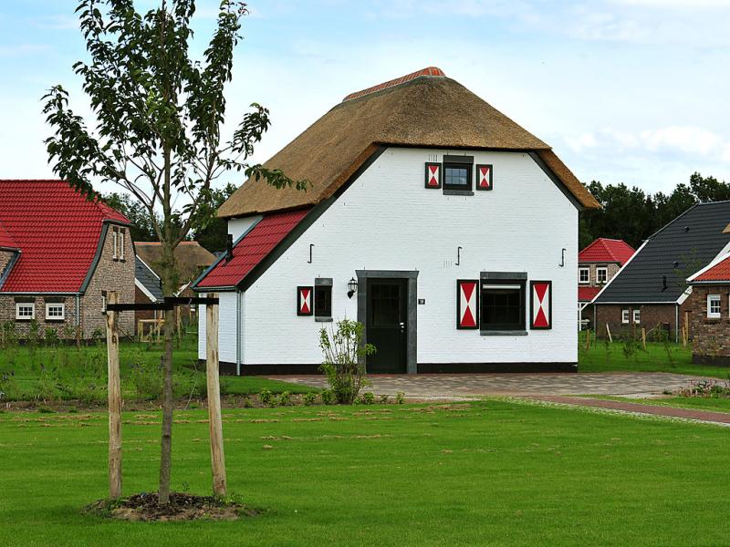 5 persoons luxe 1485595,Vivienda de vacaciones en Roggel, Limburg, Holanda  con piscina privada para 5 personas...