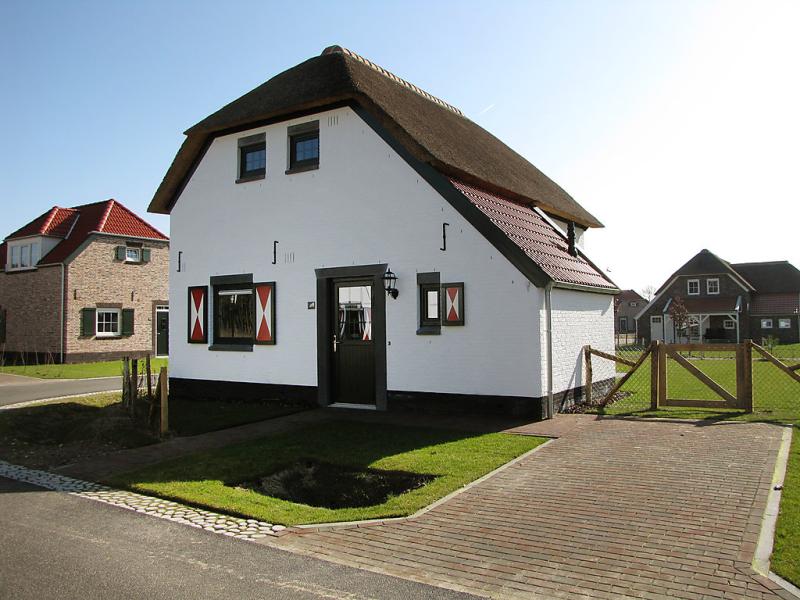 5 persoons comfort 1485628,Vivienda de vacaciones en Roggel, Limburg, Holanda  con piscina privada para 5 personas...