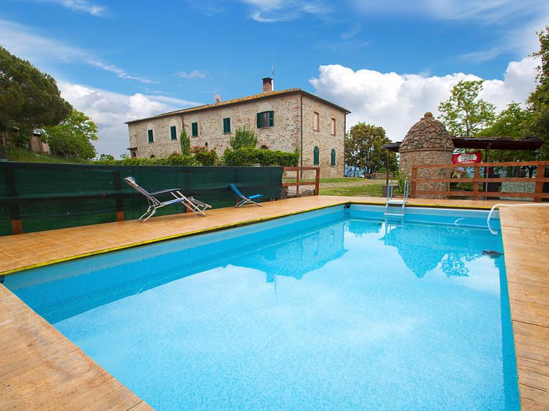 Numero 3 1485777,Apartamento  con piscina privada en Volterra, en Toscana, Italia para 4 personas...