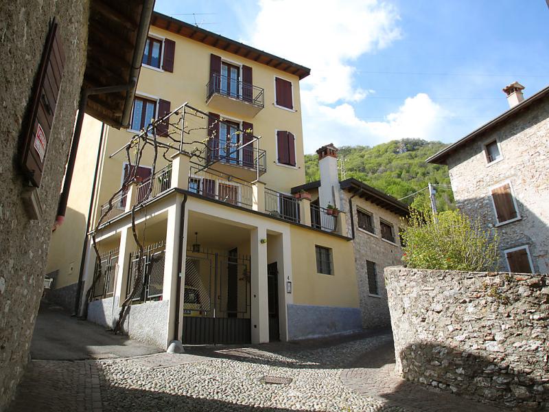 1487091,Apartamento en Gargnano, Lombardia, Italia para 4 personas...