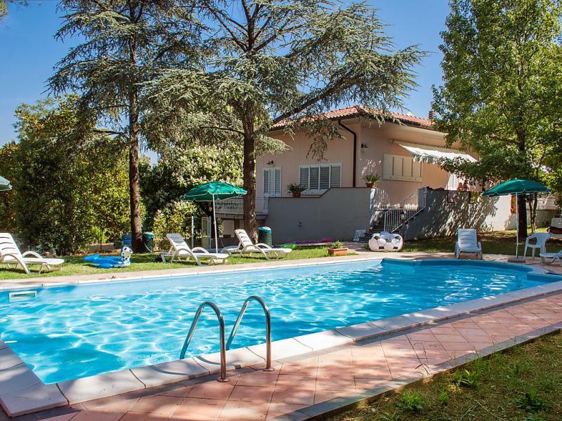 Barbara 1487298,Apartamento  con piscina privada en Castiglioncello, en Toscana, Italia para 6 personas...