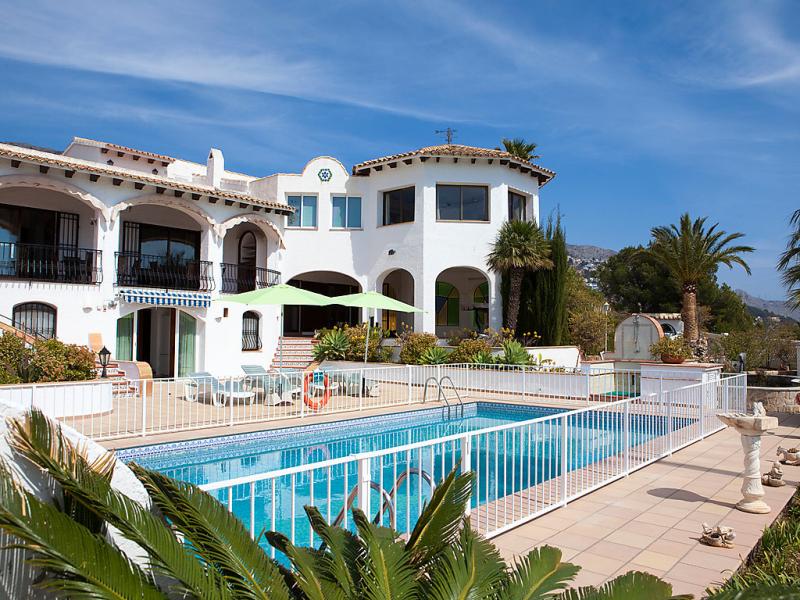 Casa fanny 1487509,Vivienda de vacaciones  con piscina privada en Altea, en la Costa Blanca, España para 10 personas...