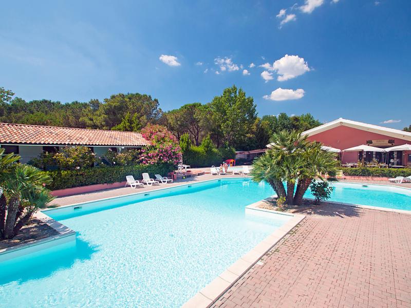 Pineta 1487701,Vivienda de vacaciones en Marina di Bibbona, Etruscan Coast, Italia  con piscina privada para 5 personas...