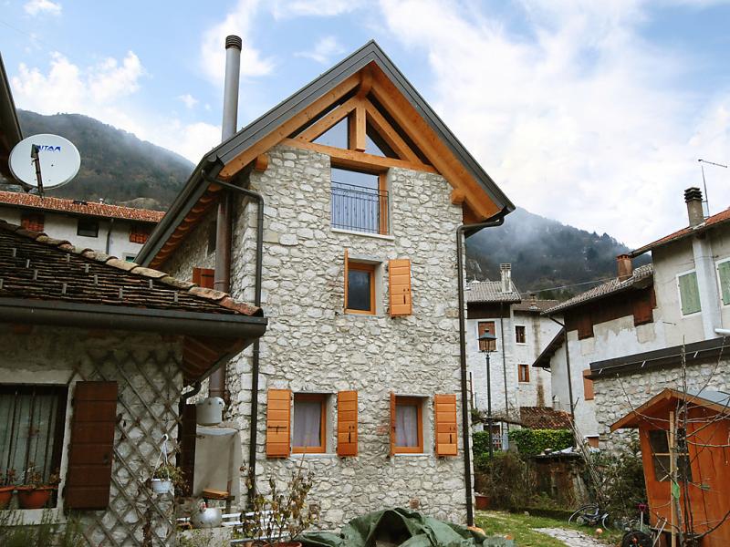 Albergo diffuso  cjasa de barce 1488482,Apartamento en Lago di Barcis, Dolomites, Italia para 3 personas...